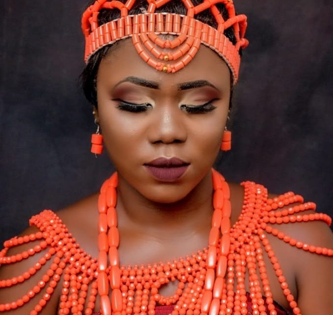 Cici Tiwa Biography: Profile, Facts & Pictures Of The Nigerian Female Blogger