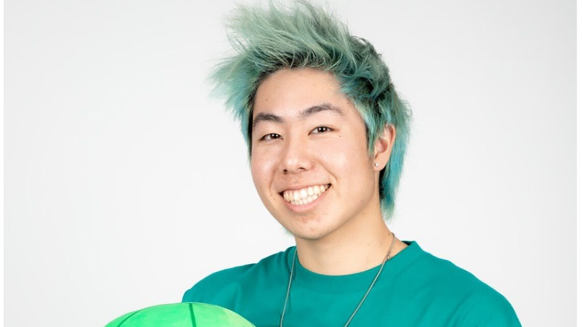 "Zach ""ZHC"" Hsieh Bio [YouTube, Age, Net Worth, Videos, Arts & More]"