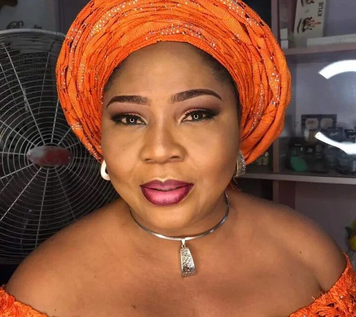 Biography Of Rita Daniels: Age, Net Worth, Daughter, Pictures, Husband