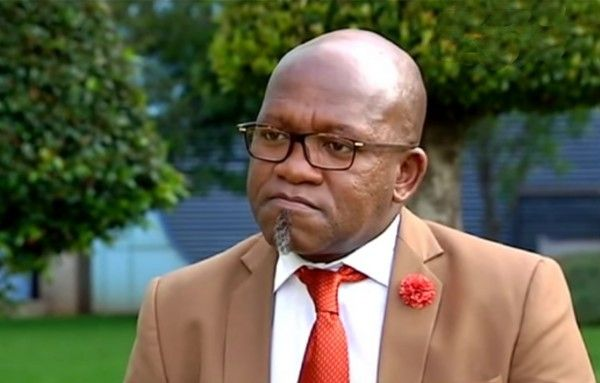 Vuyo Mvoko Biography: Age, Wikipedia, Net Worth, Place Of Birth, Wife, Pictures