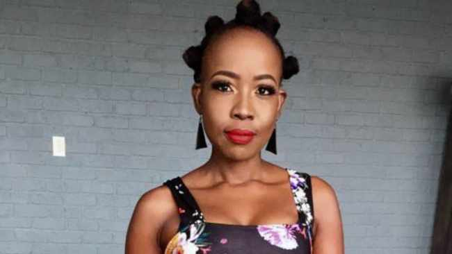 Ntsiki Mazwai Biography: Wikipedia, Husband, Net Worth, Age, Instagram, Thandiswa Mazwai, Pictures, Twitter