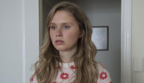 Eliza Scanlen Bio, Movies, Age, Net Worth, Boyfriend, Home and Away, Height, Family, Wiki, Parents