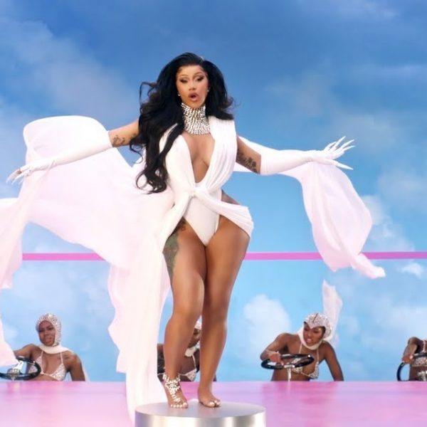 Cardi B Bio, Husband, Age, Net Worth, Songs, Awards, Spouse, Daughter, Sister, Mother