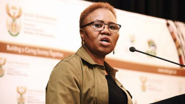 Lindiwe Zulu Bio, Age, Net Worth, Husband, Twitter, Married, Speech Today, Qualifications, Contact Details, Pictures