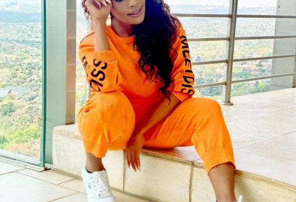 Thembi Seete Biography: Age, Child, Baby Daddy, Net Worth, Husband, Instagram, House, Pictures, Wedding, Cars, Son