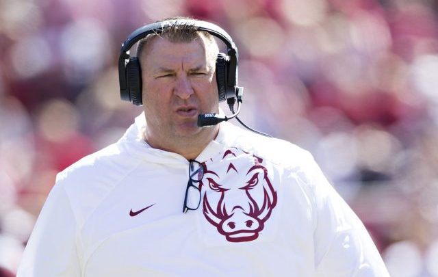 Bret Bielema Biography: Wife, Age, Net Worth, Coaching, Salary, Twitter, Family, Contract, High School, Married, Wiki
