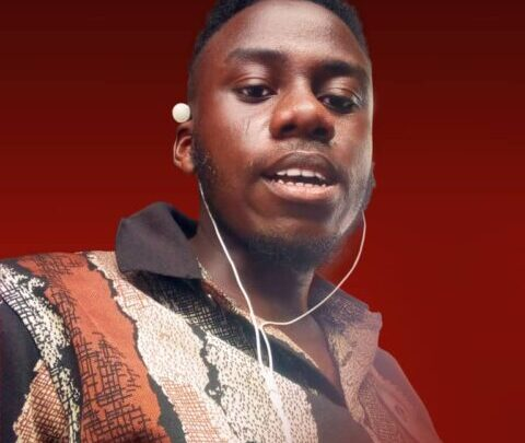 Tundenny Biography: Real Name, Age, Family, Graphic Designs, Net Worth, Pictures