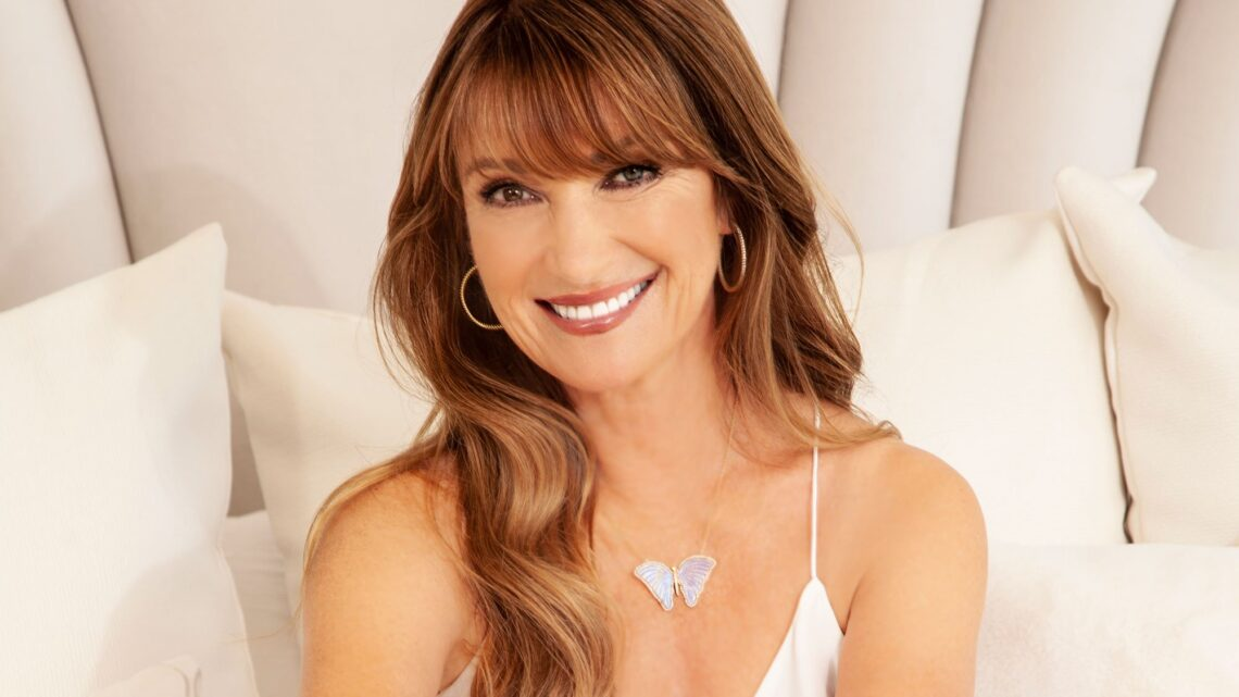 Actress Jane Seymour Biography: Age, Spouse, Net Worth, Movies, TV Shows, Wikipedia, Children, Parents