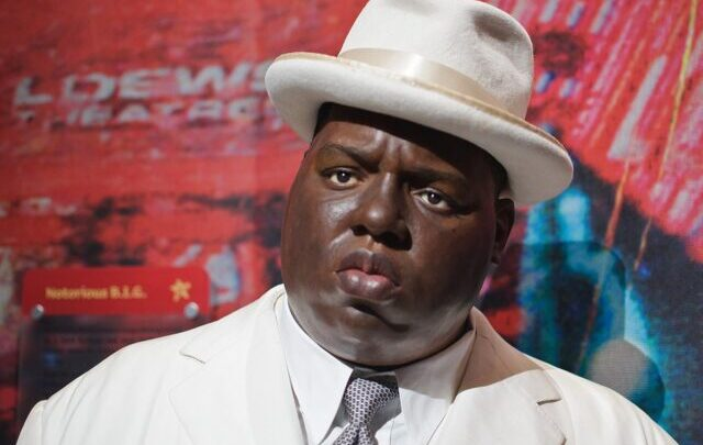 Who Is The Notorious B.I.G.? Biography, Songs, Age, Net Worth, Albums, Movies, Killer, Death Scene, Spouse, Wikipedia
