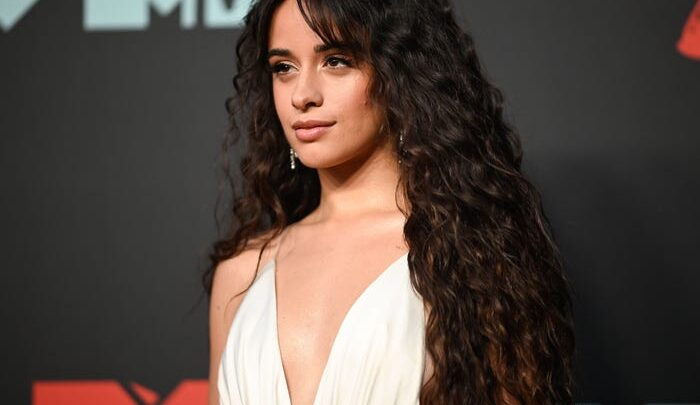 Camila Cabello Biography: Sister, Songs, Net Worth, Boyfriend, Movies, Nationality, Age, Height, Instagram, Wikipedia, Sibling